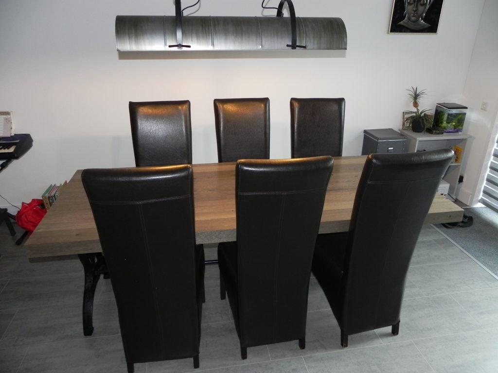Gietijzeren Onderstel Tafel : Ronde tafel met gietijzeren onderstel stoelen klein