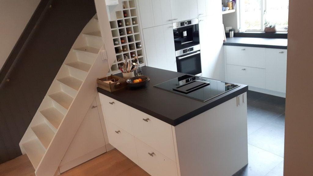 Keuken Met Trap : Trap naar slaapkamer keuken beneden picture of asplathia villas